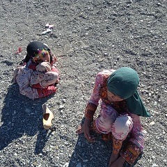 حمایت از دو دختر روستایی